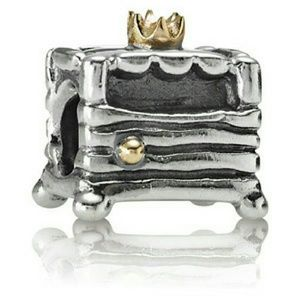 Jewelry - Pandora retired princess and the pea charm RARE