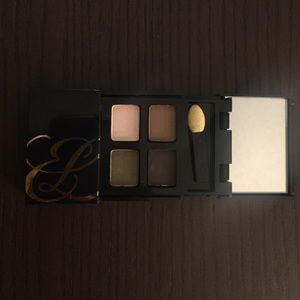NEW ESTÉE LAUDER SHADOW QUAD