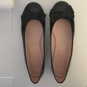Pretty Ballerinas Shoes - Black patent ballet shoes-Pretty Ballerinas-Sz. 40