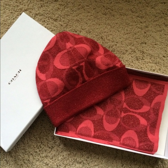 59 coach accessories gift boxed coach hat and scarf