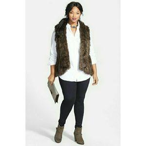 Sejour Jackets & Blazers - 🎉HP🎉Sejour Faux Fur & Knit Vest
