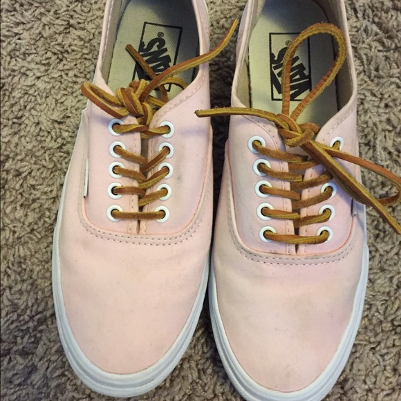 78a8c99670 Authentic Slim Brushed Twill Vans in Light Pink. M 56ae4badd3a2a7adf0013947