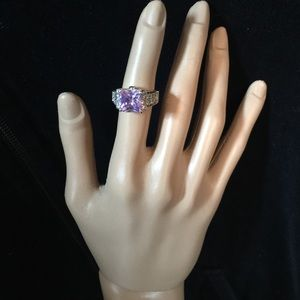 Jewelry - EUC Cocktail Ring
