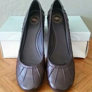 Nurture Shoes - New dark brown leather shoes from Nurture brand