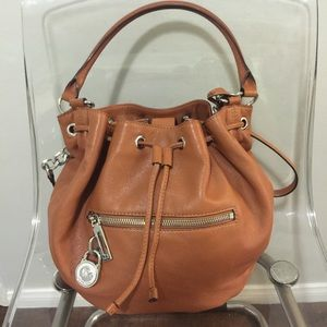 089f3532c9b1b0 Michael Kors Bags - Quick Sale - Michael Kors Brown Leather Bucket
