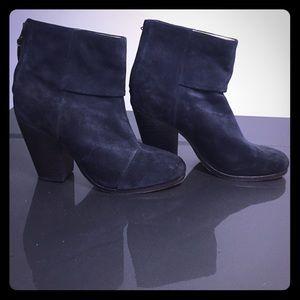 Rag & Bone navy blue Newbury boots sz 7