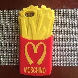 MOSCHINO IPHONE 5 CASE !