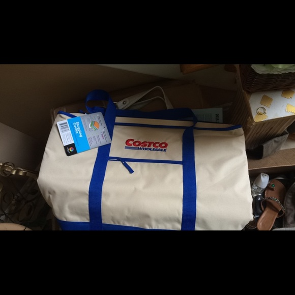 f9fb91a4671c NWT Costco Shopping cooler