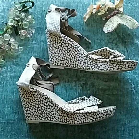 bb3e7021c946 Old Navy ankle Tie Wedge Sandals