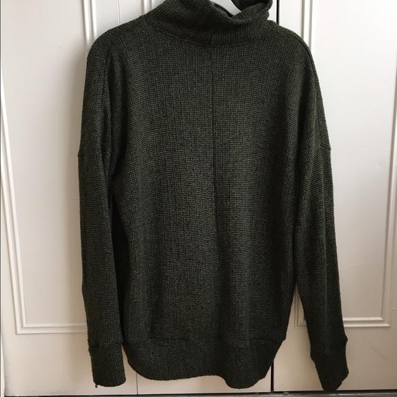e0ea7b598b2 TOPSHOP Dark Green turtleneck sweater. M 56ae7b1968027847ef0036c8. Other  Sweaters you may like. Chunky Mock Turtleneck Sweater Dress
