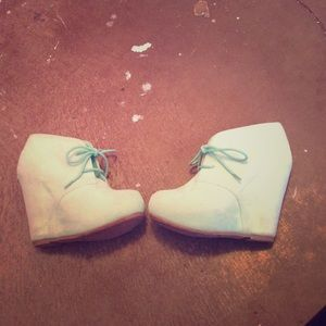 Mint Bamboo Wedges