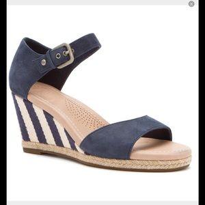 41 Off Ugg Shoes New Ugg Green Espadrille Wedge Sandals