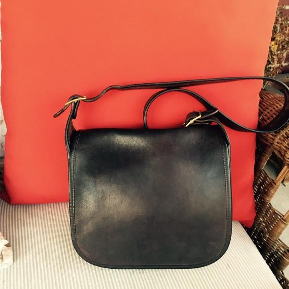 ba3595c1c857 Coach Handbags - Vintage Coach Patricia Legacy Cowhide Leather Bag
