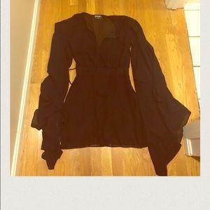 Nasty Gal Dresses - Nasty Gal bell sleeve dress