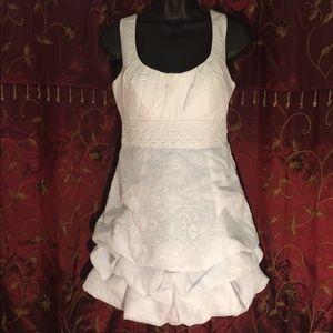 XOXO Dresses & Skirts - XOXO white dress