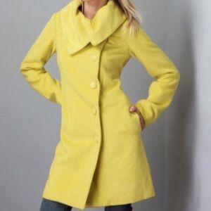 BB Dakota Yellow Coat