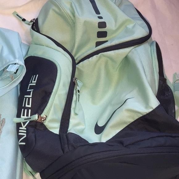 b4a913202135 Sale ❤️Backpack Nike elite teal. M 56b973bd9818296ee4060581