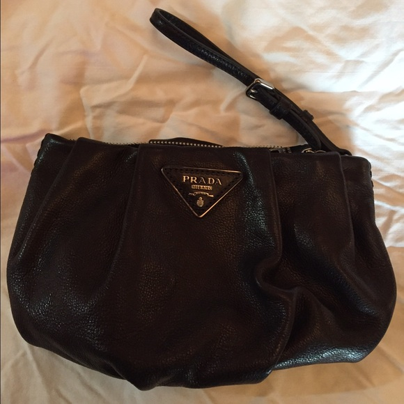 Prada Bags   Glace Calf Clutch Wristlet Nero Black   Poshmark 5416b4a637