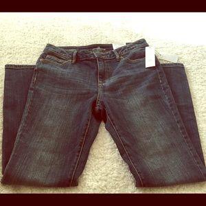 Liz Claiborne Jeans. 6PS