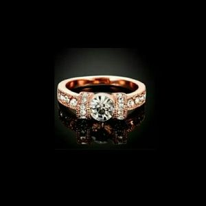 ⭐NEW! Stunning New Rose Gold/Zircon Bow Ring