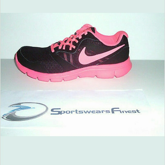 nike shoes 6.5y 867968