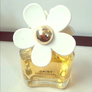 """Marc Jacobs """"Daisy"""" perfume. 3.4 fluid ounces"""