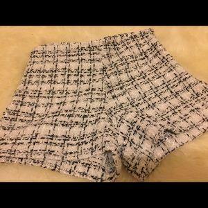 Pants - White elegant high waited shorts