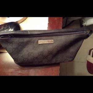 Gucci Handbags - Authentic Gucci handbag