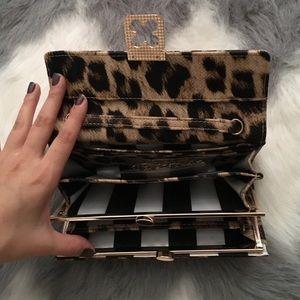 Bags - Cheetah clutch