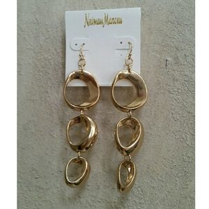 Neiman Marcus Jewelry - NWT Neiman Marcus gold tone earrings