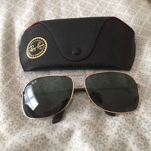 Ray-Ban Accessories - Authentic ray bands with case!