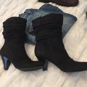 NWT Jessica Simpson 7 1/2 black suede booties