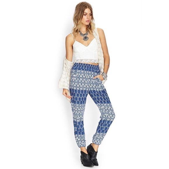 new products for best cheap great varieties Forever 21 Patterned jogger pants