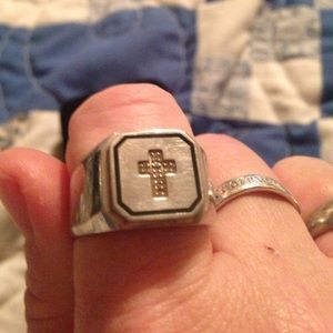 Other - Mens stainless steel cross ring