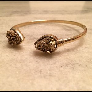 T&J Designs Jewelry - ✨Teardrop Gold Metallic Cuff✨