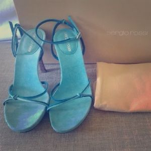 Sergio Rossi Turquoise suede heeled scandals
