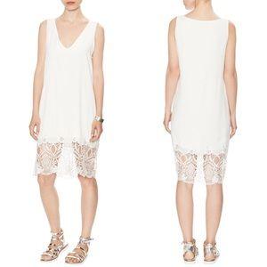 Karen Zambos Dresses & Skirts - HP🎉 Karen Zambos London V Neck Dress w/ Lace Trim