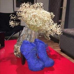 Thick heel royal blue booties