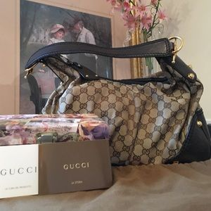 GUCCI purse, gently used🌸🌸🌸