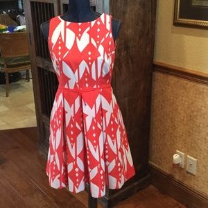 Just taylor Dresses & Skirts - Just Taylor Dress fit and flare