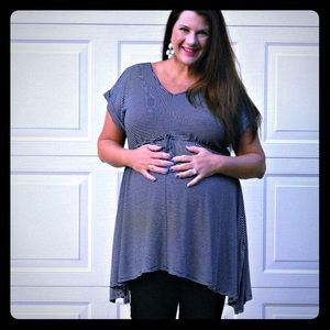 Motherhood Maternity Tops - Black and White Flowy Maternity Top