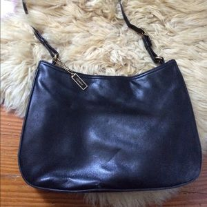 Coach Bags - VINTAGE Coach Handbag