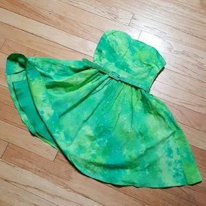 Oleg Cassini Dresses & Skirts - Oleg Cassini Green Strapless Dress