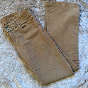 GAP size 6 Perfect Boot Tan Corduroy Pants