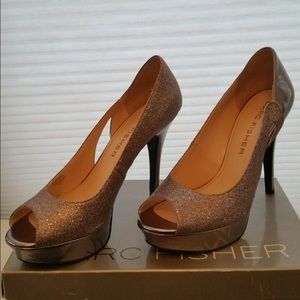 Marc Fisher Shoes - Marc Fisher 'Tumble' Glitter/Silver Pumps Size 10