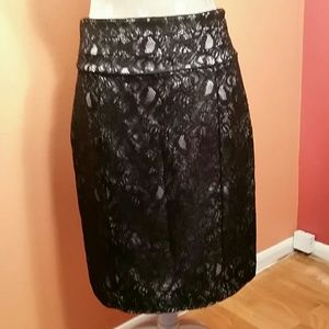 Like New H&M Lace Pencil Skirt