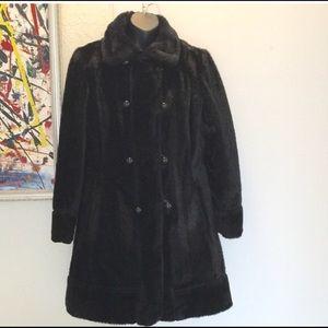 Jackets & Blazers - Black Faux Fur Vintage Coat