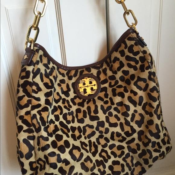 e5218241845 Authentic Tory Burch leopard print city hobo bag. M 56b149bdd14d7bc5b700c7d5