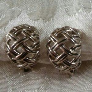 Silver tone earrings clip on