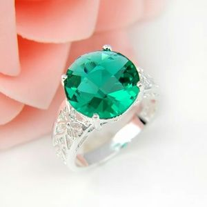 Jewelry - Green Topaz Sterling Silver Ring
